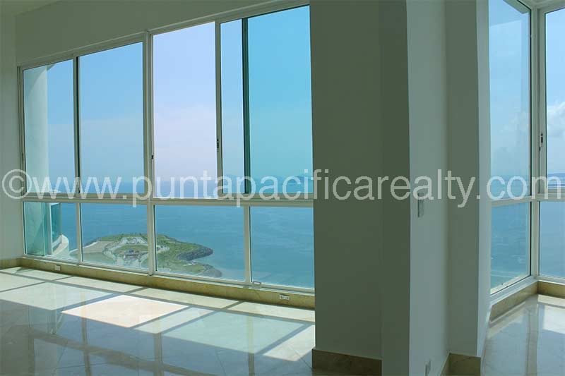 4 Bedrooms of Exclusive Luxury in Bahia Pacifica Penthouse