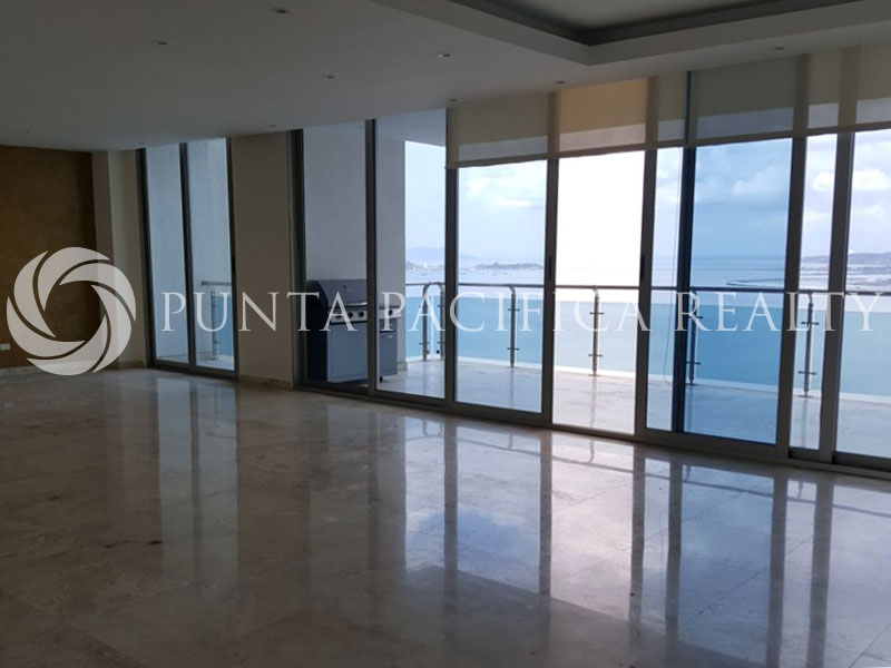For SALE: Large Lay-Out | Top Appliances | 4-Bedroom at Aqualina