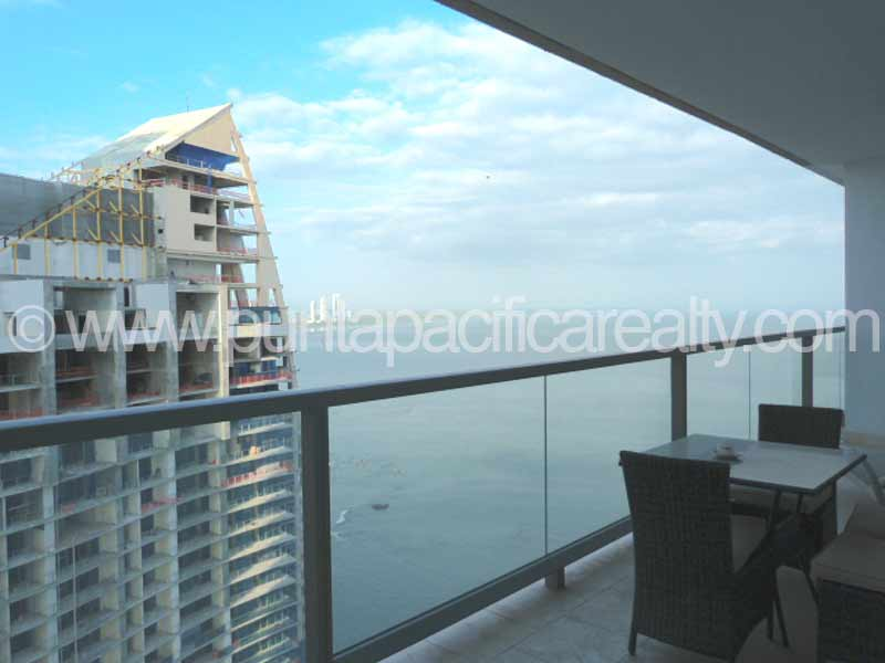 FOR RENT & FOR SALE Stylish 2-Bedroom Condo In The Ocean Club (Trump) – JW Marriott