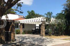 For Rent & For Sale | Spacious Beach Property of 5-Bedrooms w/ Private Pool | Punta Barco Village ( Panama Beach Area) Near Coronado